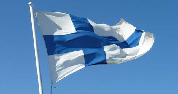 finlande-drapeau