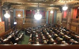 Vote du Conseil de Paris pour une conférence de citoyen.ne.s sur l'expérimentation d'un revenu universel dans la capitale, le 14 novembre 2019. Solenne Vaulot Morel, pour le MFRB.
